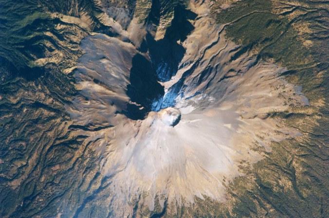 popocatepetl-volcan-espacio-espacial-mexico.jpg