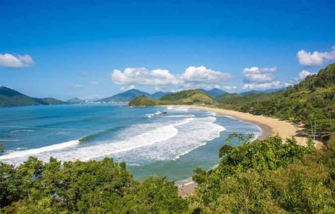 Imagem das ondas na Praia Vermelha do Norte-Ubatuba-Sao-Paulo
